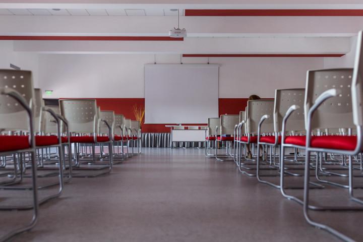 Acord cadru pentru  39.458 de tablete destinate elevilor